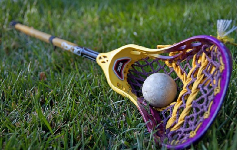 Length of complete lacrosse stick